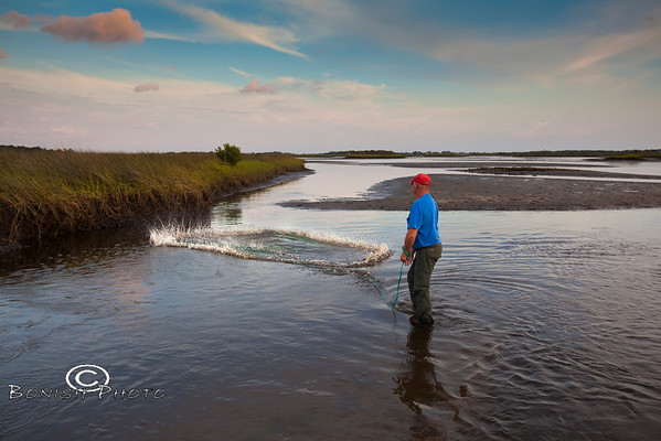 Mike Davis dropping a perfect Cast Net - Cedar Key Florida - Photo by Pat Bonish